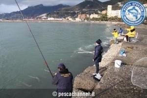 pesca al cefalo con galleggiante2