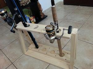 Guida come costruire un portacanne a casa pesca channel for Prezzo per costruire una casa